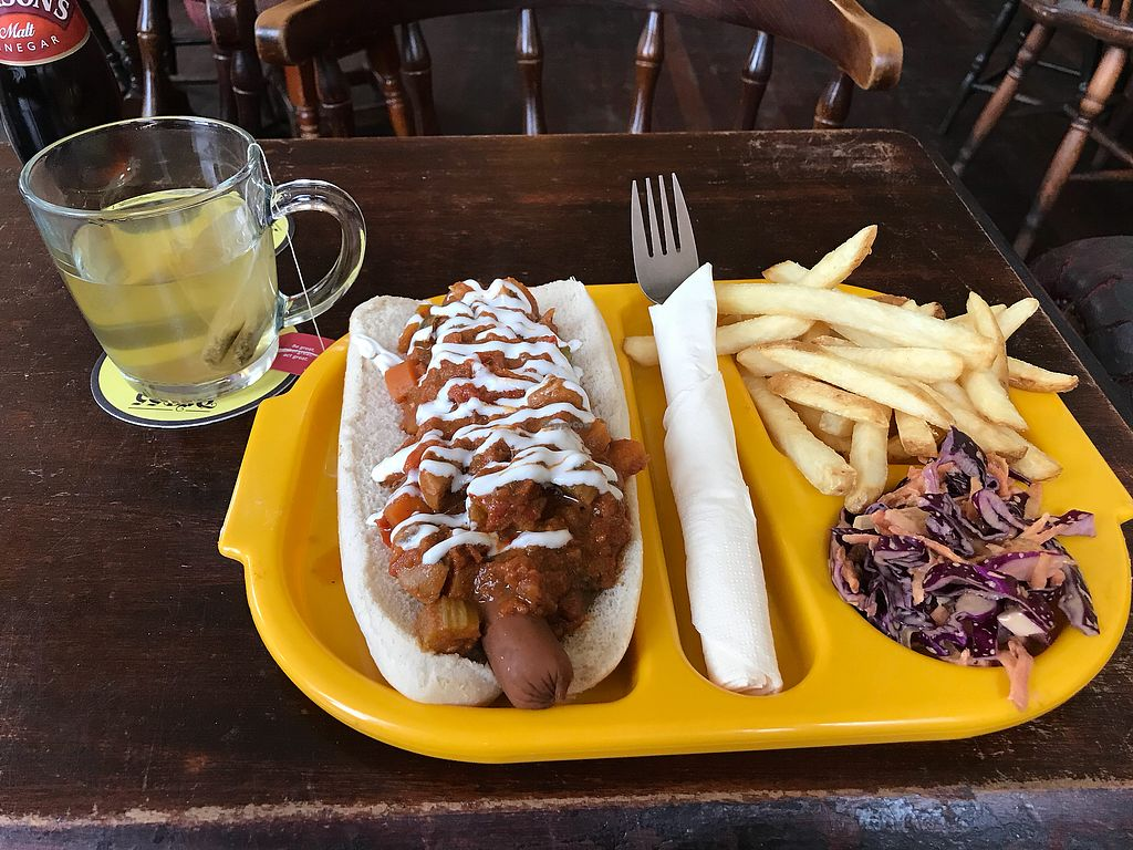"""Photo of The Caledonia  by <a href=""""/members/profile/VickiWanSlattery"""">VickiWanSlattery</a> <br/>5 a day chilli dog <br/> November 17, 2017  - <a href='/contact/abuse/image/100975/326415'>Report</a>"""