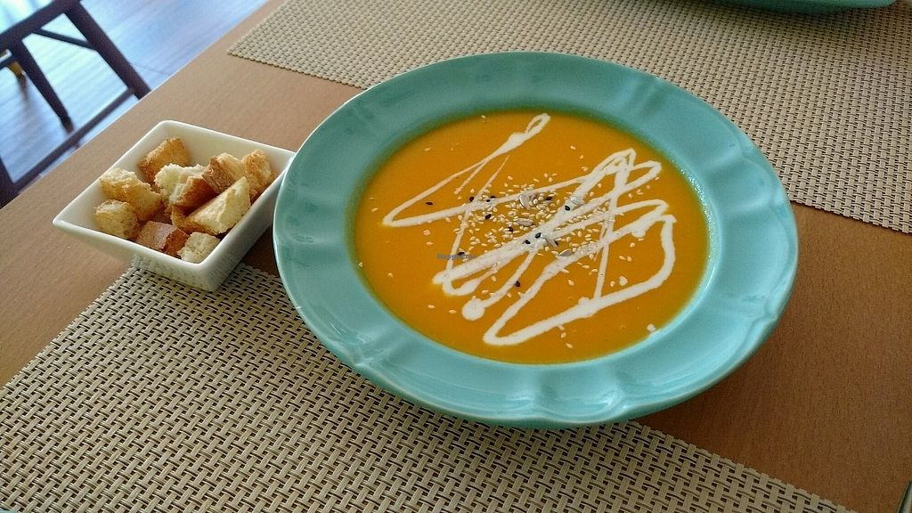 "Photo of Simple Bistro  by <a href=""/members/profile/Travellingpagefamily"">Travellingpagefamily</a> <br/>Vegan carrot soup <br/> September 16, 2017  - <a href='/contact/abuse/image/101007/304932'>Report</a>"
