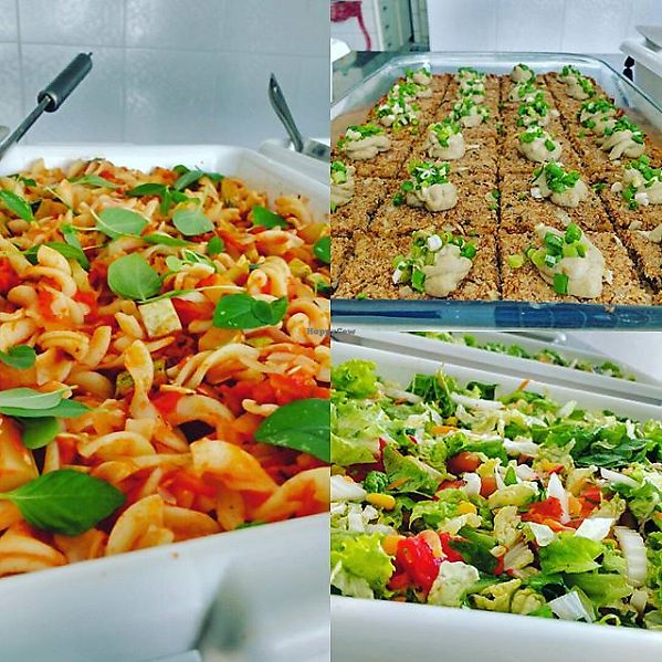 "Photo of Natureba  by <a href=""/members/profile/itsumiyo"">itsumiyo</a> <br/>Pasta, vegan kibe and salad <br/> September 15, 2017  - <a href='/contact/abuse/image/101022/304681'>Report</a>"