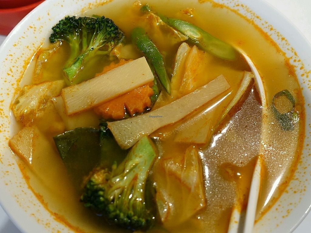 """Photo of Happy Thai  by <a href=""""/members/profile/JimmySeah"""">JimmySeah</a> <br/>Tom Yum vegetables soup <br/> September 17, 2017  - <a href='/contact/abuse/image/101094/305336'>Report</a>"""