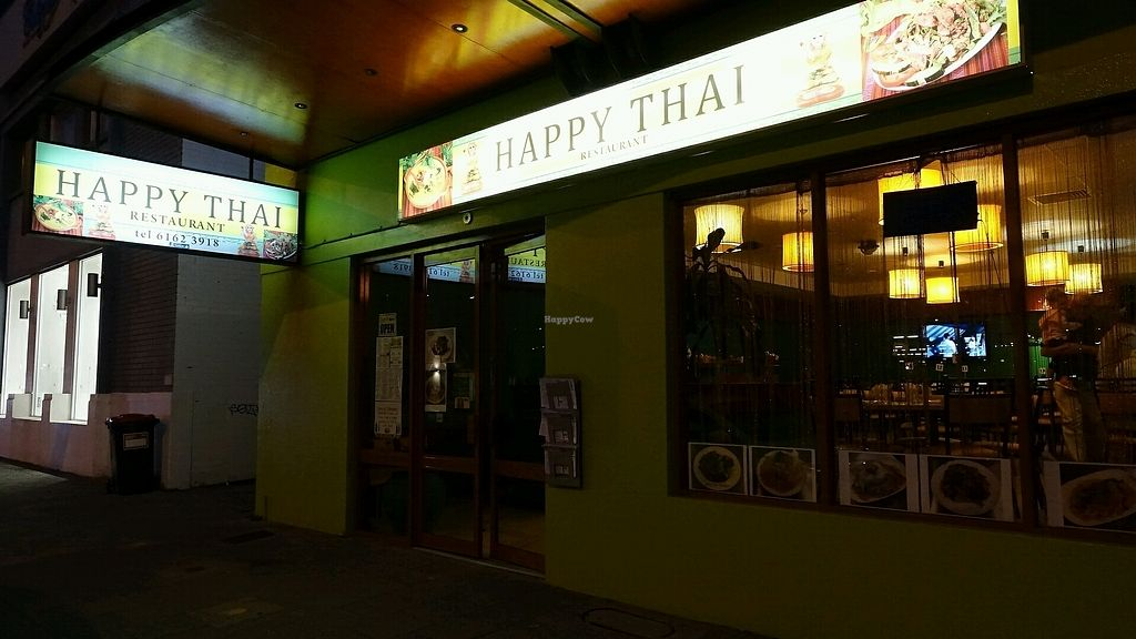 """Photo of Happy Thai  by <a href=""""/members/profile/JimmySeah"""">JimmySeah</a> <br/>restaurant exterior night scene <br/> September 17, 2017  - <a href='/contact/abuse/image/101094/305365'>Report</a>"""