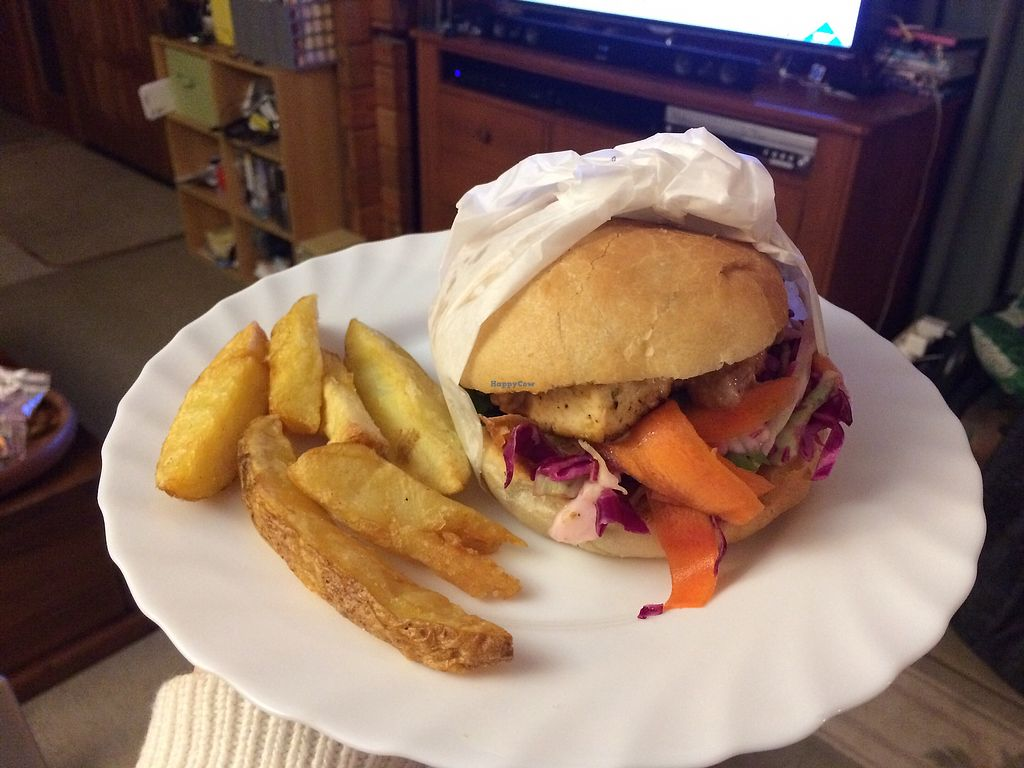 "Photo of Jemima's Kitchen  by <a href=""/members/profile/katemccullough50"">katemccullough50</a> <br/>Vegan today burger with their chips! Was good but not amazing  <br/> January 26, 2018  - <a href='/contact/abuse/image/101126/351003'>Report</a>"