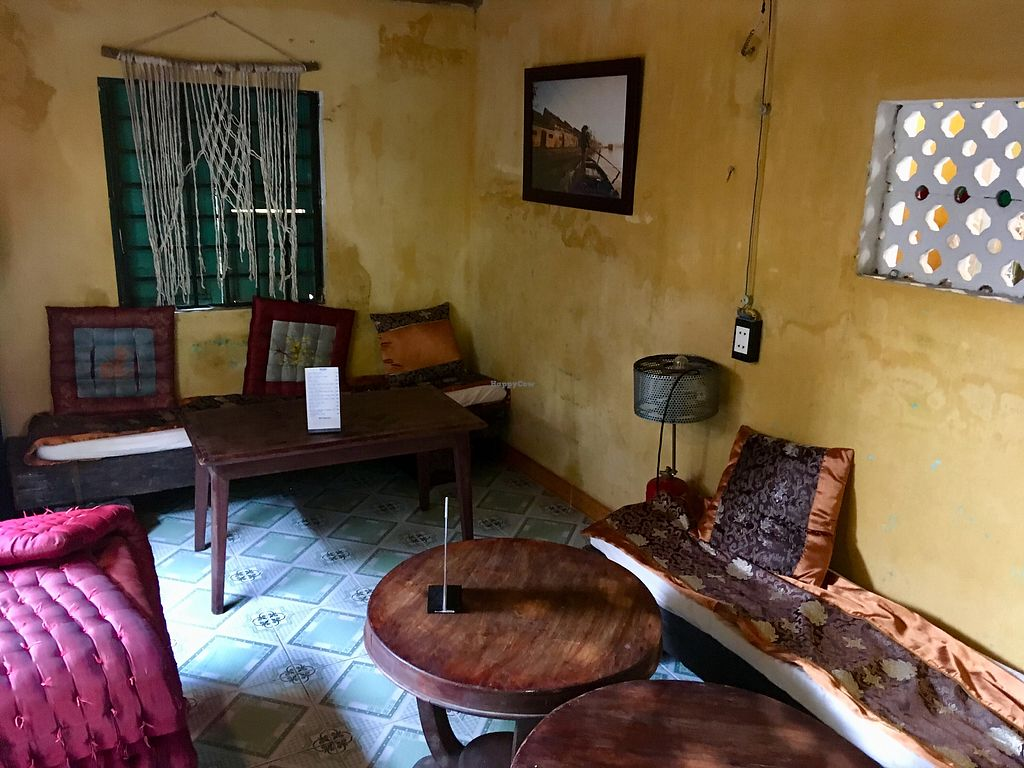 """Photo of What Else Cafe  by <a href=""""/members/profile/BigVeegs"""">BigVeegs</a> <br/>Lovely interior  <br/> January 14, 2018  - <a href='/contact/abuse/image/101159/346376'>Report</a>"""