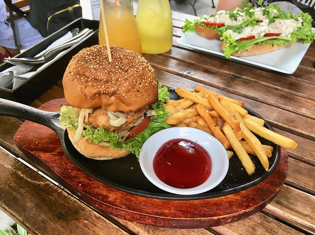 """Photo of What Else Cafe  by <a href=""""/members/profile/CamilaSilvaL"""">CamilaSilvaL</a> <br/>Tofu burger  <br/> January 27, 2018  - <a href='/contact/abuse/image/101159/351443'>Report</a>"""