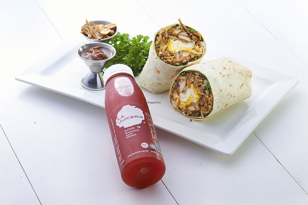 """Photo of La Juiceria Superfoods Xpress - Avenue K  by <a href=""""/members/profile/summerpixiecherry"""">summerpixiecherry</a> <br/>The famous La Juiceria Nasi Lemak Wrap <br/> September 18, 2017  - <a href='/contact/abuse/image/101160/305733'>Report</a>"""