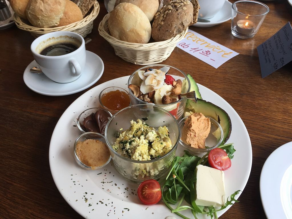"Photo of Cafe Juli  by <a href=""/members/profile/Tobias%20Boletaria"">Tobias Boletaria</a> <br/>Vegan breakfast at Café Juli, (with tofu scramble) <br/> September 18, 2017  - <a href='/contact/abuse/image/101199/305843'>Report</a>"