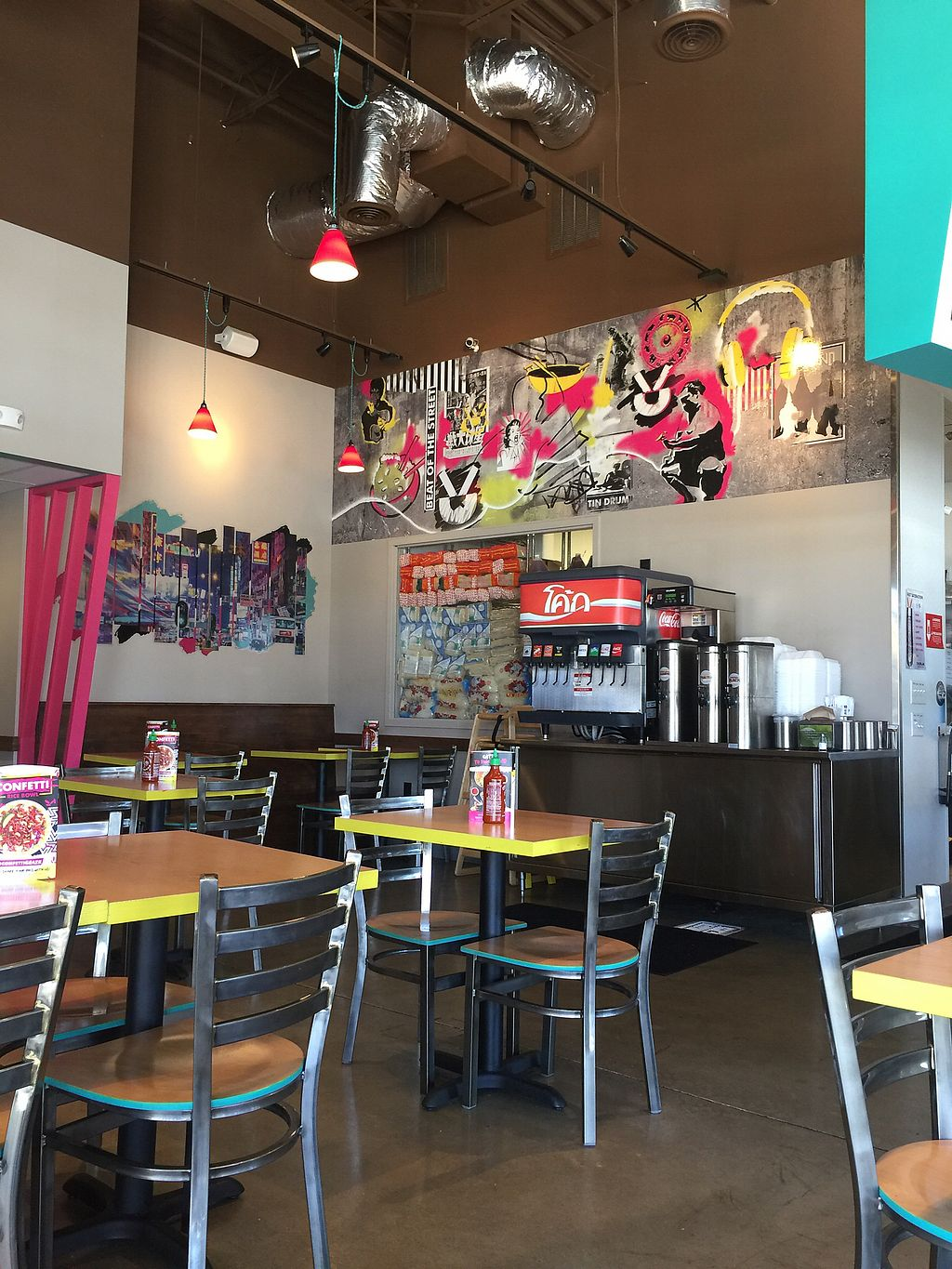 "Photo of Tin Drum Asian Kitchen  by <a href=""/members/profile/andoba"">andoba</a> <br/>Dining area <br/> October 26, 2017  - <a href='/contact/abuse/image/101229/319087'>Report</a>"