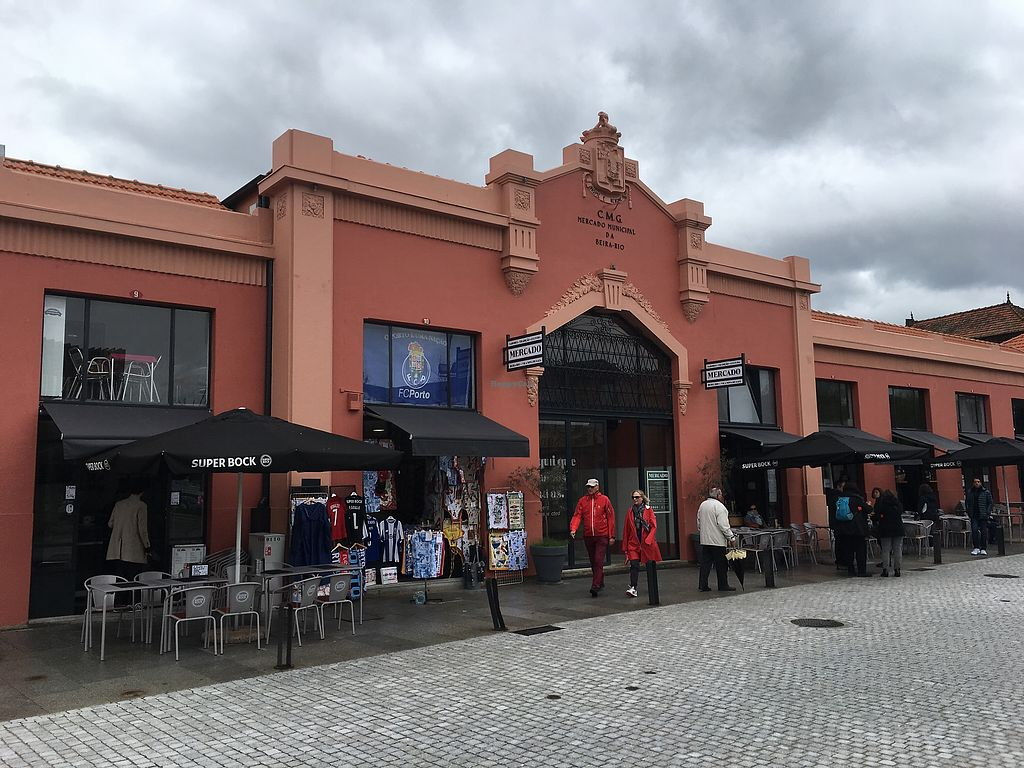 """Photo of DaTerra - Mercado Beira Rio  by <a href=""""/members/profile/hack_man"""">hack_man</a> <br/>The market building where you will find Da Terra <br/> April 12, 2018  - <a href='/contact/abuse/image/101295/384611'>Report</a>"""