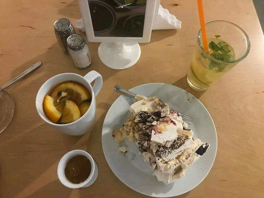 "Photo of Big Book Cafe  by <a href=""/members/profile/turnvegan"">turnvegan</a> <br/>""Hot ginger"" (10zl), lemonade (6zl) and non-vegan cake (12zl) <br/> December 2, 2017  - <a href='/contact/abuse/image/101410/331411'>Report</a>"