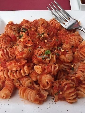 "Photo of Campo Enoteca  by <a href=""/members/profile/VegAnsley"">VegAnsley</a> <br/>Pasta with arrabiata sauce. Waiter suggested as a vegan option to the pastas and as something other than the noted vegan options on the menu <br/> September 22, 2017  - <a href='/contact/abuse/image/101484/307158'>Report</a>"