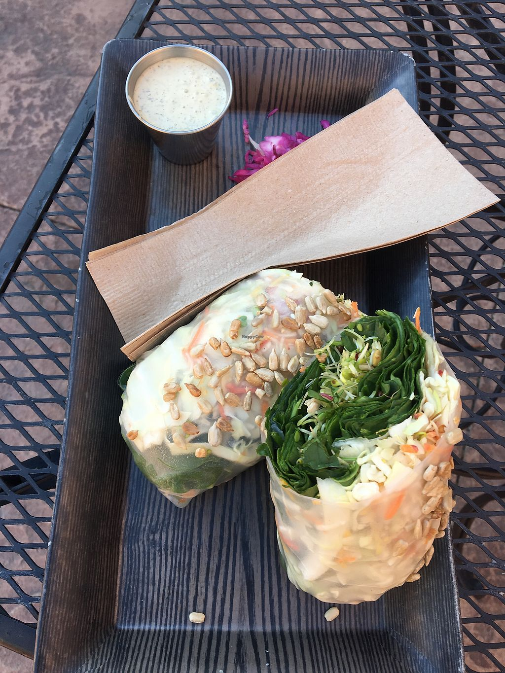 """Photo of DeLuxe  by <a href=""""/members/profile/jessiiventure"""">jessiiventure</a> <br/>The OG hand roll salad added tamari mushrooms <br/> October 21, 2017  - <a href='/contact/abuse/image/101515/317141'>Report</a>"""