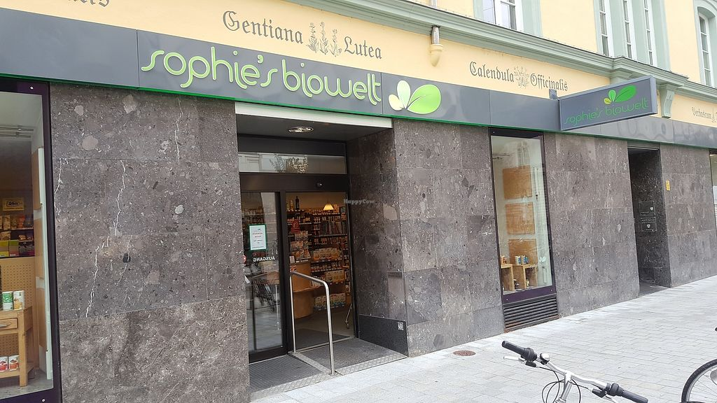"""Photo of Sophie's Biowelt - Wilhelm-Greil  by <a href=""""/members/profile/simon50"""">simon50</a> <br/>The shop front <br/> September 29, 2017  - <a href='/contact/abuse/image/101543/309858'>Report</a>"""