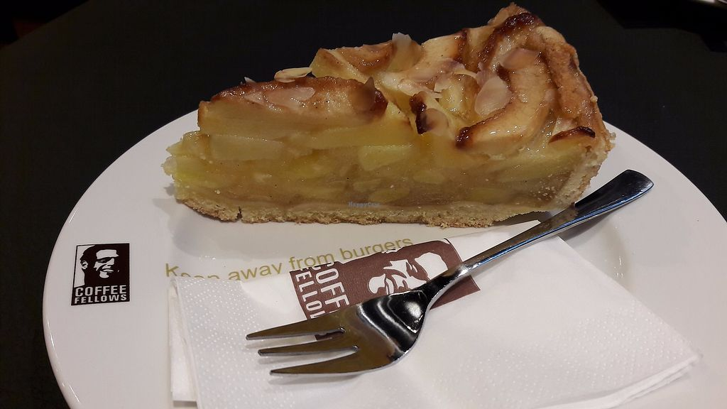 "Photo of Coffee Fellows  by <a href=""/members/profile/DusselDaene"">DusselDaene</a> <br/>Vegan apple pie <br/> September 24, 2017  - <a href='/contact/abuse/image/101636/307878'>Report</a>"