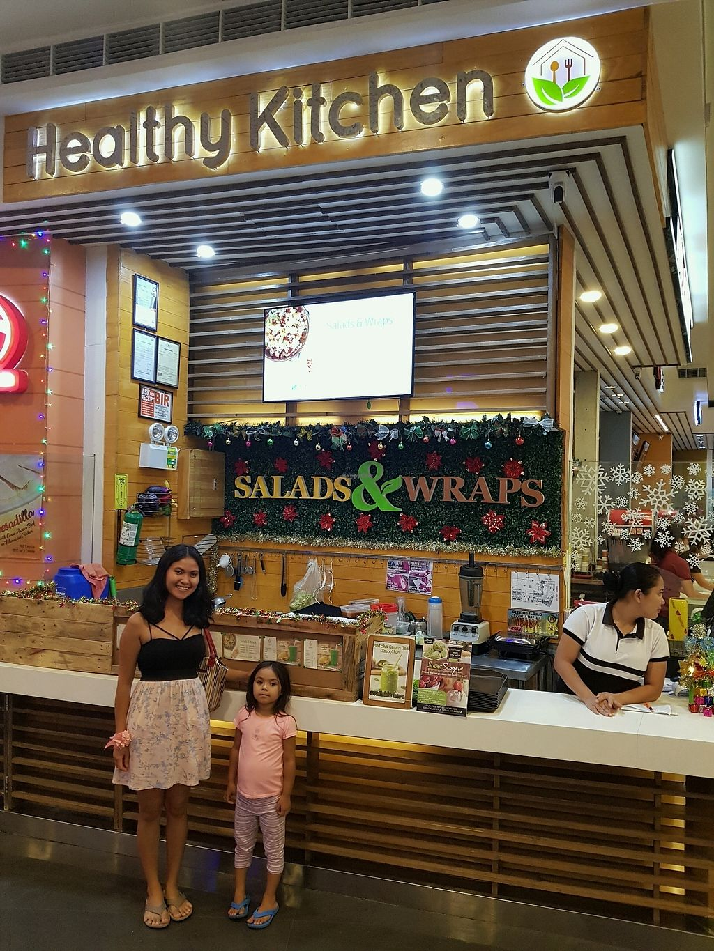 """Photo of Live  by <a href=""""/members/profile/LuckyParadise"""">LuckyParadise</a> <br/>food stand SM City foodcourt 2nd floor <br/> December 10, 2017  - <a href='/contact/abuse/image/101688/334247'>Report</a>"""