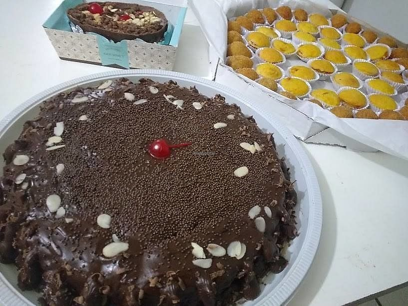 """Photo of Veg Show  by <a href=""""/members/profile/itsumiyo"""">itsumiyo</a> <br/>Cake, brazilian birthday food (salgadinhos) and easter egg <br/> September 25, 2017  - <a href='/contact/abuse/image/101705/308369'>Report</a>"""