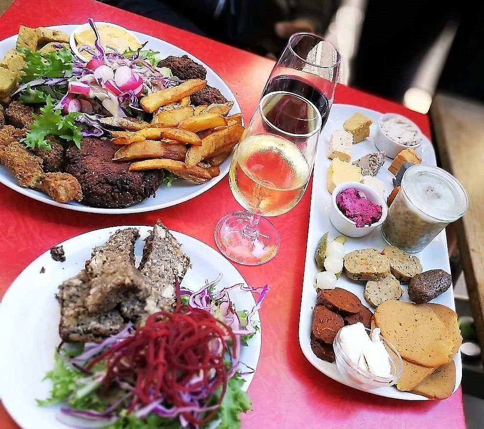 """Photo of Vegan Food Tours  by <a href=""""/members/profile/veganfoodtours"""">veganfoodtours</a> <br/>food & wine in Paris <br/> January 22, 2018  - <a href='/contact/abuse/image/101725/349730'>Report</a>"""
