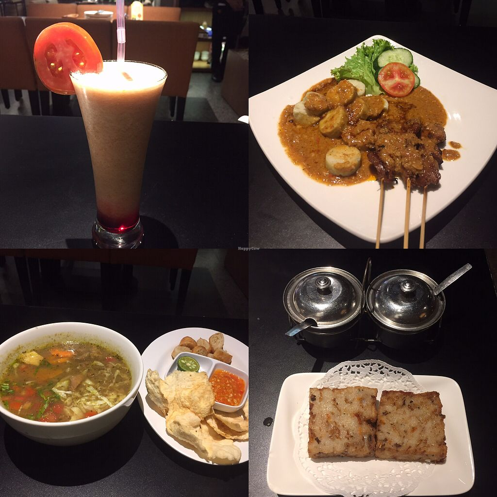 "Photo of Gedung Dharma Kitchen  by <a href=""/members/profile/ChiamLongThiam"">ChiamLongThiam</a> <br/>My meal, ? Yummy  <br/> October 1, 2017  - <a href='/contact/abuse/image/101760/310467'>Report</a>"