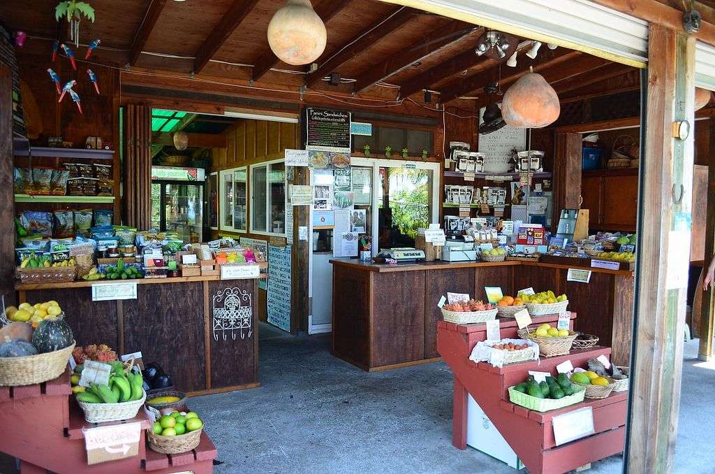 """Photo of The South Kona Fruit Stand  by <a href=""""/members/profile/alexandra_vegan"""">alexandra_vegan</a> <br/>Store <br/> September 27, 2017  - <a href='/contact/abuse/image/101790/308970'>Report</a>"""