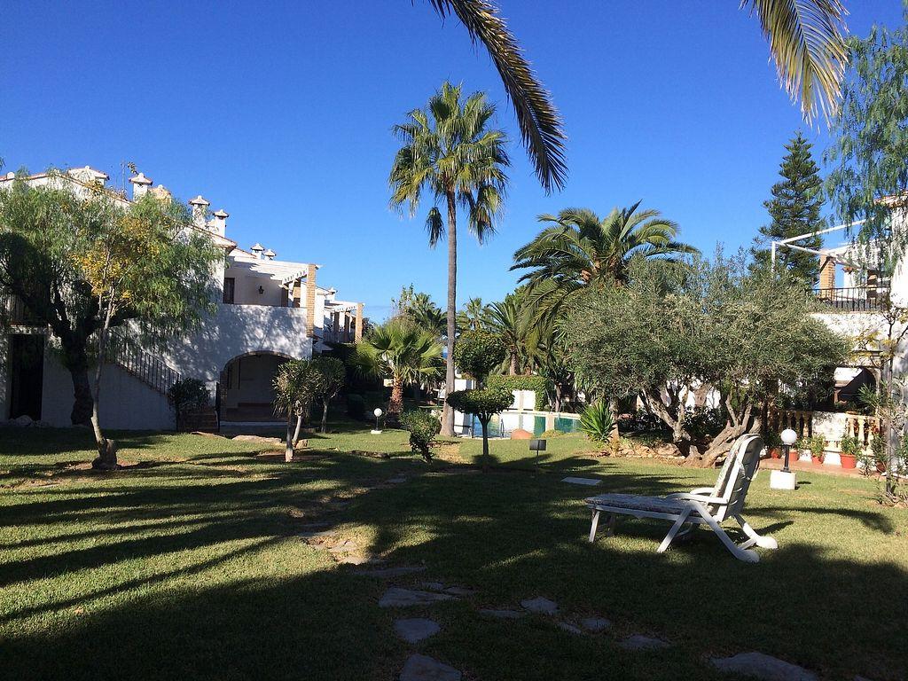 "Photo of Casa Blanca  by <a href=""/members/profile/bazilisadog"">bazilisadog</a> <br/>Garden + pools <br/> November 26, 2017  - <a href='/contact/abuse/image/101791/329365'>Report</a>"