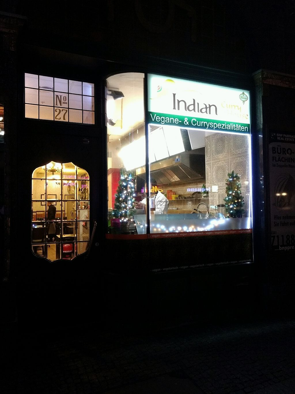 """Photo of Indian Curry House  by <a href=""""/members/profile/erinlovestofu"""">erinlovestofu</a> <br/>Front view <br/> December 26, 2017  - <a href='/contact/abuse/image/101894/339280'>Report</a>"""