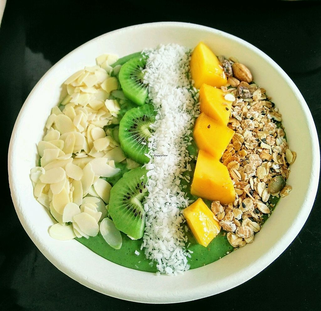 """Photo of VAVA Frozen Yogurt - Thae Pae Gate  by <a href=""""/members/profile/egietz"""">egietz</a> <br/>green goddess smoothie bowl <br/> January 26, 2018  - <a href='/contact/abuse/image/102120/351013'>Report</a>"""