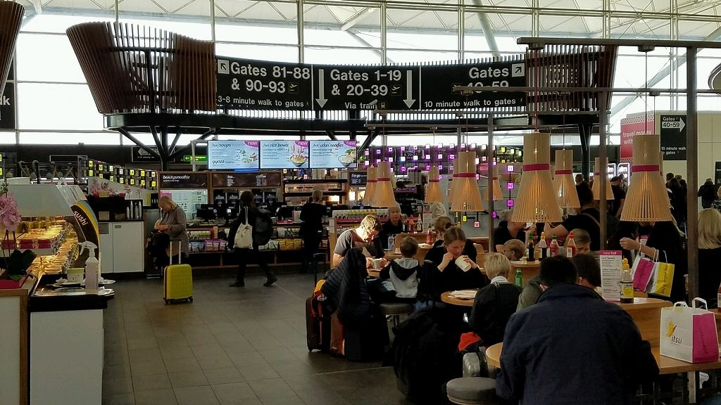 """Photo of Itsu - Stansted Airport  by <a href=""""/members/profile/eric"""">eric</a> <br/>seating area <br/> October 4, 2017  - <a href='/contact/abuse/image/102211/311665'>Report</a>"""