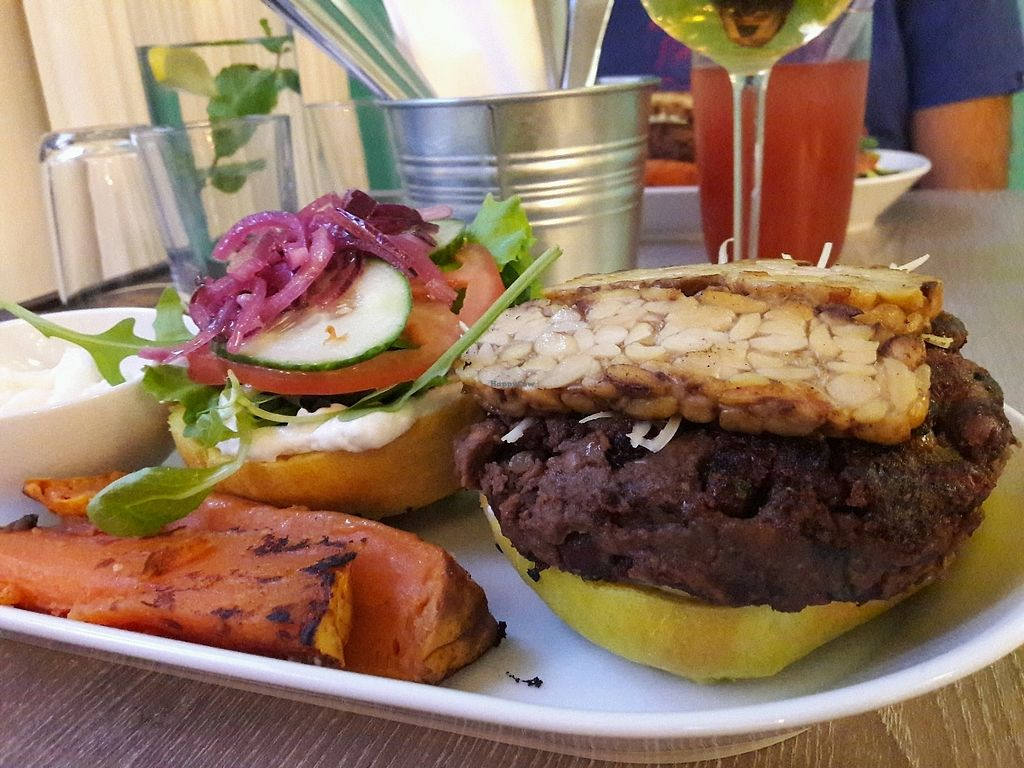 """Photo of Forrest Bistro  by <a href=""""/members/profile/jennyc32"""">jennyc32</a> <br/>Burger <br/> November 10, 2017  - <a href='/contact/abuse/image/102335/323976'>Report</a>"""