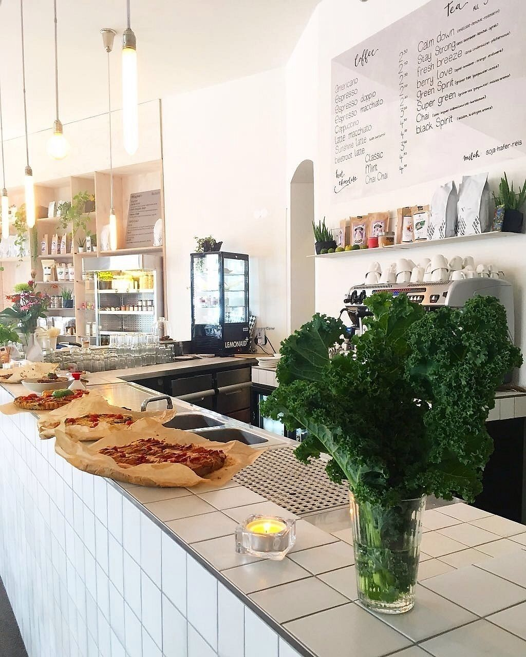 """Photo of Manafood  by <a href=""""/members/profile/SergejLubic"""">SergejLubic</a> <br/>Kale at the bar. Coffee is perfect! <br/> October 8, 2017  - <a href='/contact/abuse/image/102480/313218'>Report</a>"""