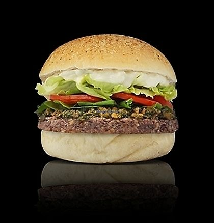 "Photo of Bean Burger  by <a href=""/members/profile/cedres"">cedres</a> <br/>Ao Pesto <br/> October 8, 2017  - <a href='/contact/abuse/image/102488/312962'>Report</a>"