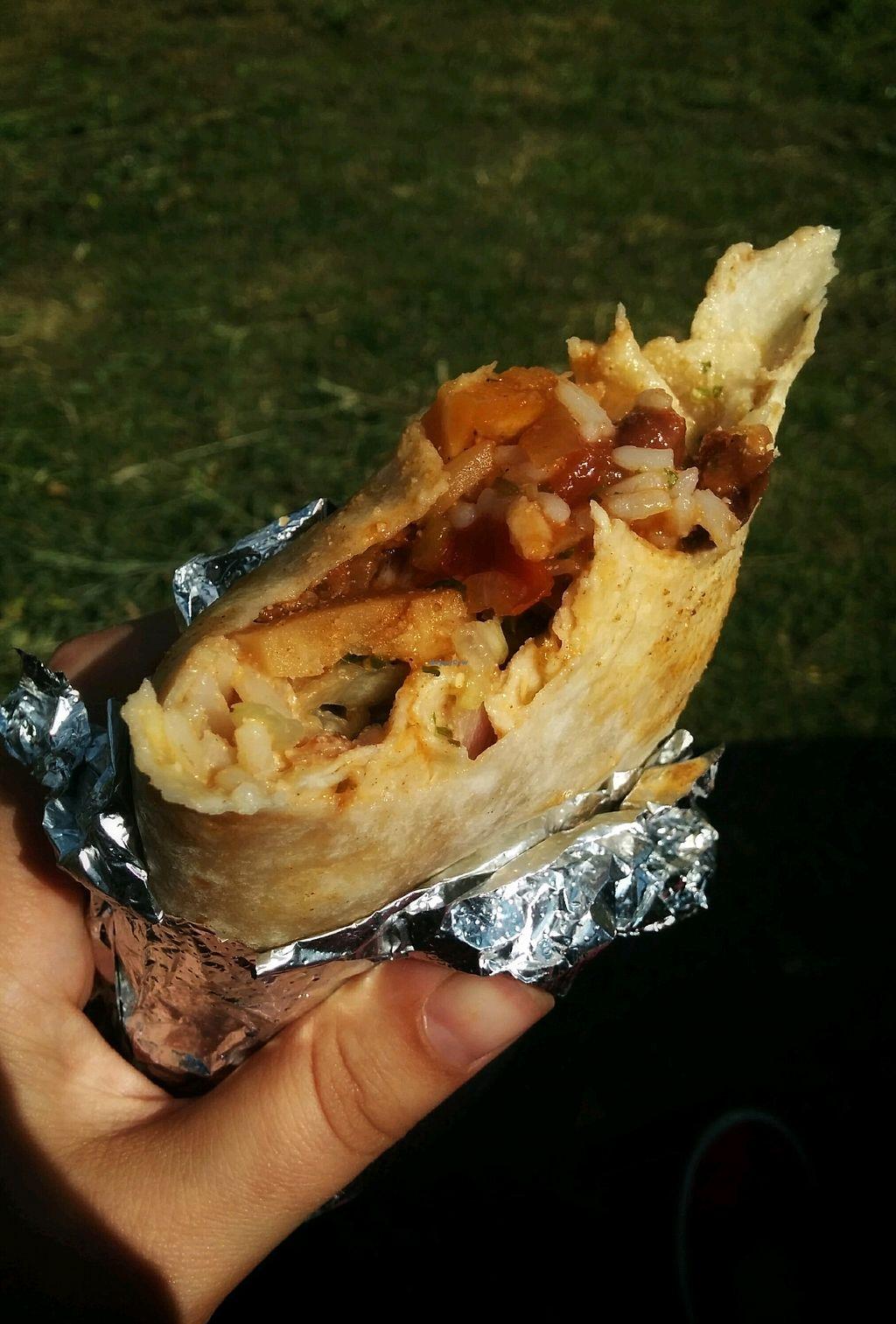 "Photo of Uno Mas  by <a href=""/members/profile/Pupnik"">Pupnik</a> <br/>Jackfruit burrito <br/> November 16, 2017  - <a href='/contact/abuse/image/102539/326264'>Report</a>"