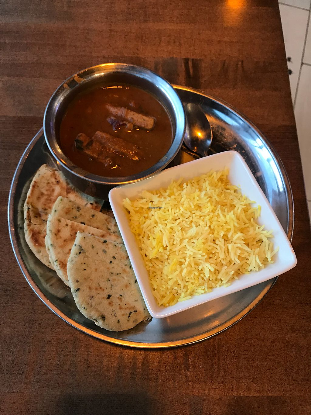 "Photo of The Street Eatery  by <a href=""/members/profile/vegetariangirl"">vegetariangirl</a> <br/>Vegan butter chikin and naan <br/> February 16, 2018  - <a href='/contact/abuse/image/102614/360062'>Report</a>"