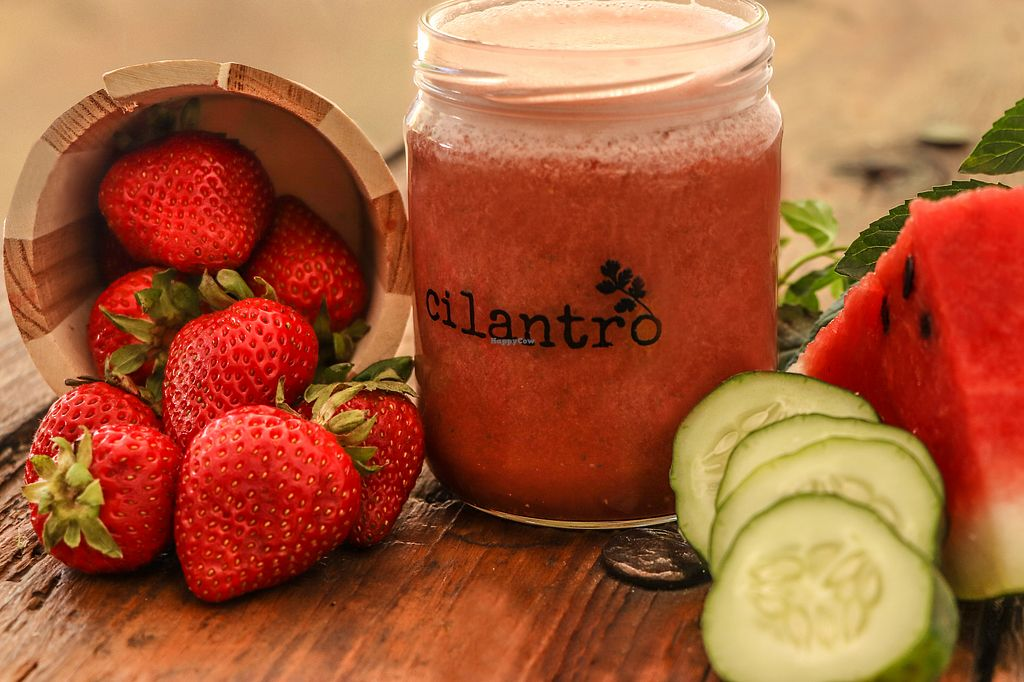 """Photo of Cilantro  by <a href=""""/members/profile/ReginaPortillaLeal"""">ReginaPortillaLeal</a> <br/>amazing juice bar, best in town <br/> October 24, 2017  - <a href='/contact/abuse/image/102658/318202'>Report</a>"""