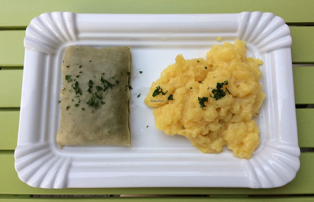 """Photo of Maultaschen und Mehr   by <a href=""""/members/profile/Carissima"""">Carissima</a> <br/>Maultaschen (a giant German ravioli) with potato salad — both vegan  <br/> October 16, 2017  - <a href='/contact/abuse/image/102761/315899'>Report</a>"""