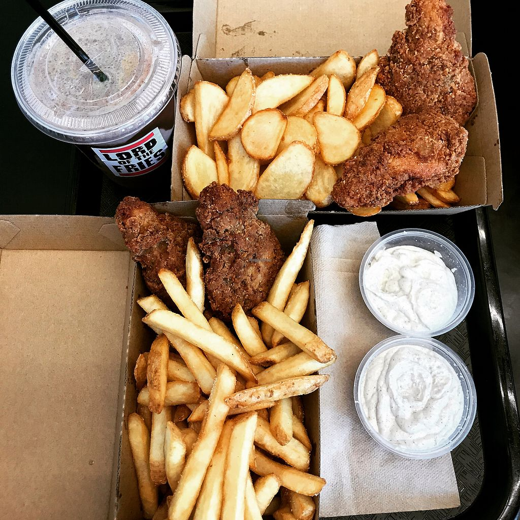 """Photo of Lord of the Fries  by <a href=""""/members/profile/sayasunouchi96"""">sayasunouchi96</a> <br/>Chick N Fries w/ aioli sauce and Oreo shake!  <br/> November 8, 2017  - <a href='/contact/abuse/image/102795/323401'>Report</a>"""