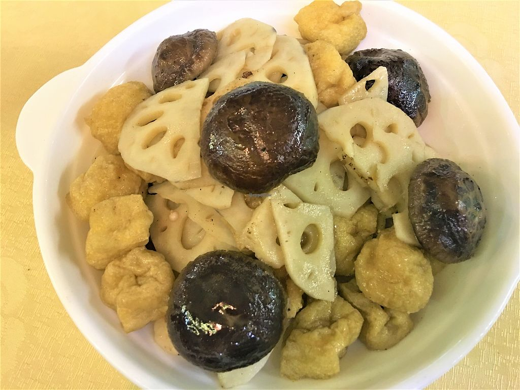 """Photo of A Mi Tuo Fo Su Xin Yuan  by <a href=""""/members/profile/Stevie"""">Stevie</a> <br/>Lotus root, mushroom & tofu <br/> October 13, 2017  - <a href='/contact/abuse/image/102842/314742'>Report</a>"""
