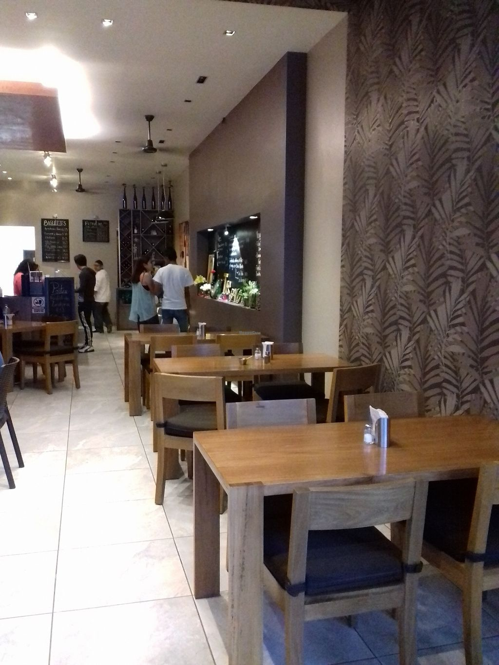 """Photo of La Terracota  by <a href=""""/members/profile/Lesvisons"""">Lesvisons</a> <br/>Inside the restaurant. Nice atmosphere <br/> October 20, 2017  - <a href='/contact/abuse/image/102903/316807'>Report</a>"""