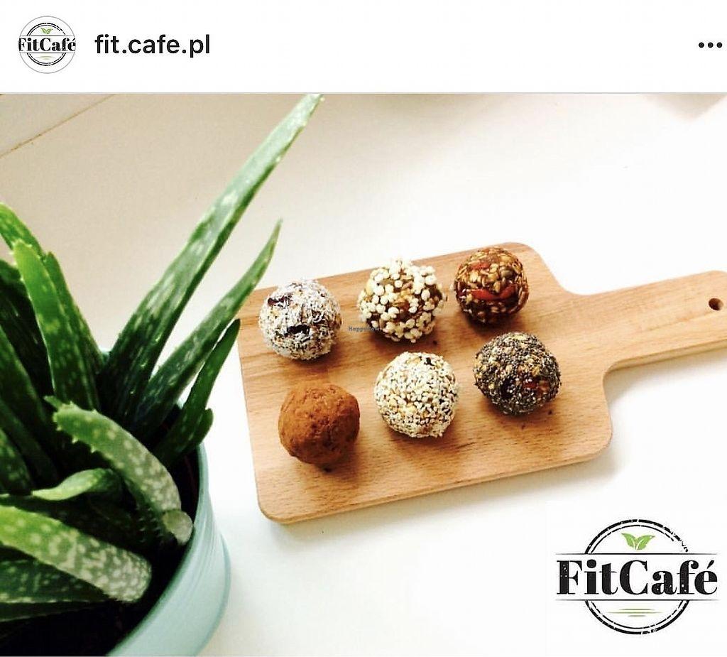 "Photo of Fit Cafe  by <a href=""/members/profile/KonradKolankiewicz"">KonradKolankiewicz</a> <br/>Kulki mocy <br/> October 14, 2017  - <a href='/contact/abuse/image/102952/315252'>Report</a>"