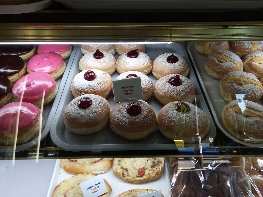 """Photo of La Panella  by <a href=""""/members/profile/Tofulicious"""">Tofulicious</a> <br/>Jam Donuts <br/> April 5, 2018  - <a href='/contact/abuse/image/10299/381088'>Report</a>"""