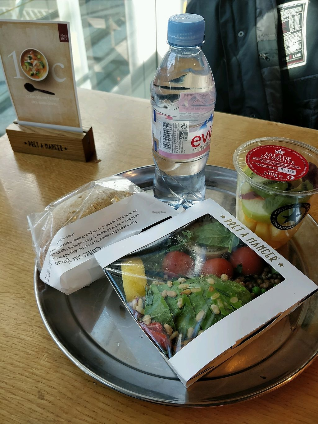 """Photo of Pret a Manger - Airport  by <a href=""""/members/profile/Logge"""">Logge</a> <br/>vegan food at the airport <br/> March 27, 2018  - <a href='/contact/abuse/image/103014/376711'>Report</a>"""