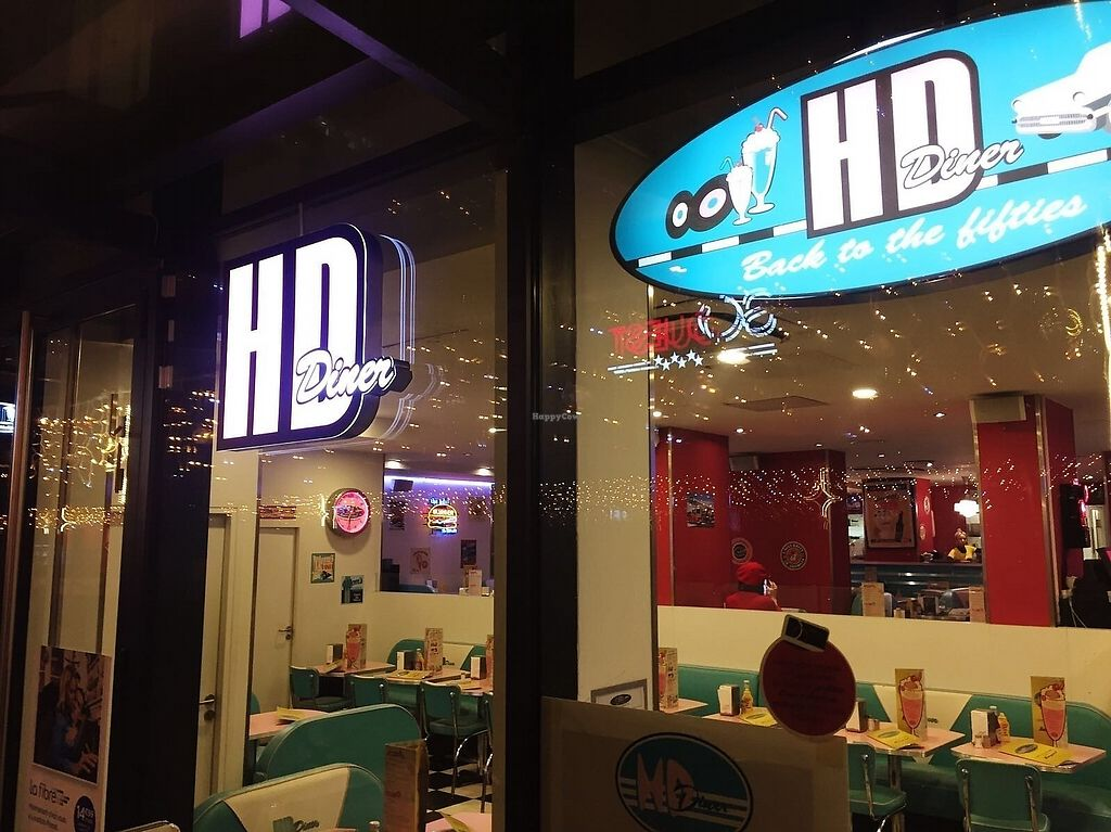 """Photo of HD Diner  by <a href=""""/members/profile/TARAMCDONALD"""">TARAMCDONALD</a> <br/>exterior <br/> December 18, 2017  - <a href='/contact/abuse/image/103042/336680'>Report</a>"""