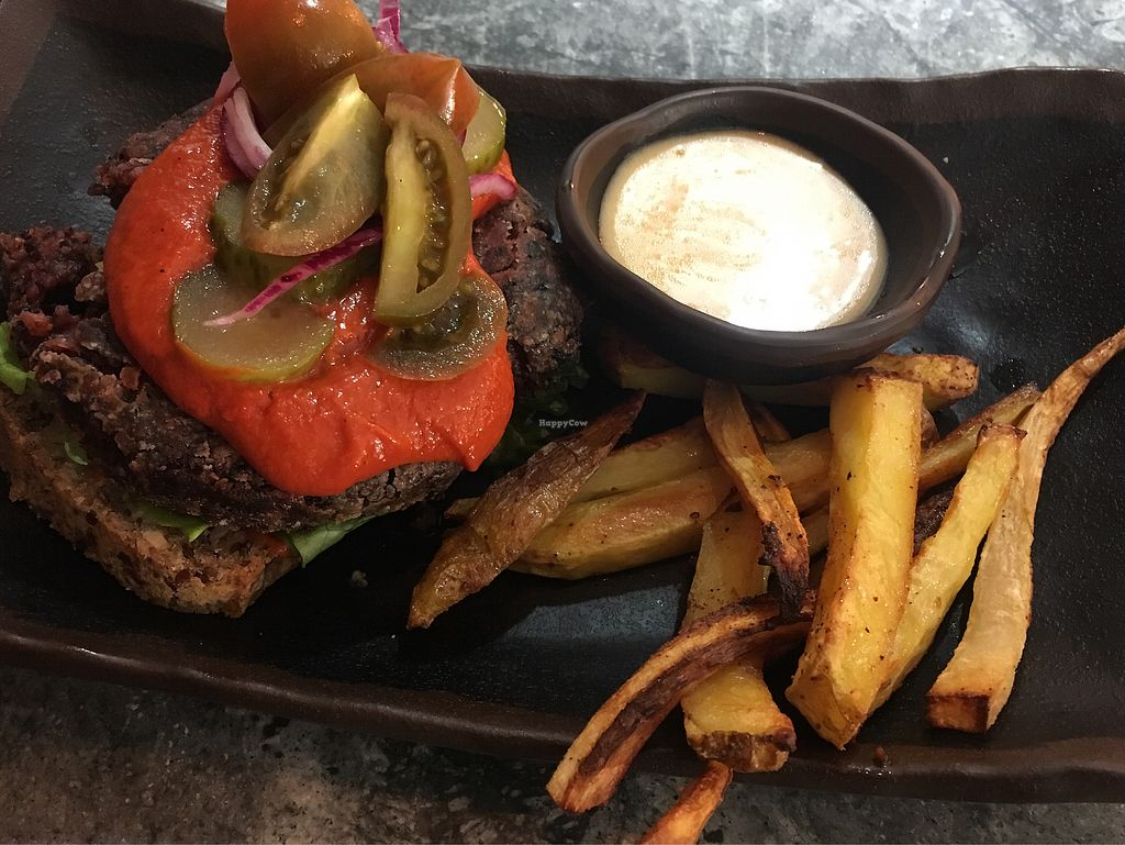"""Photo of Glo  by <a href=""""/members/profile/hokusai77"""">hokusai77</a> <br/>Vegan burger with friend roots <br/> January 10, 2018  - <a href='/contact/abuse/image/103098/345048'>Report</a>"""