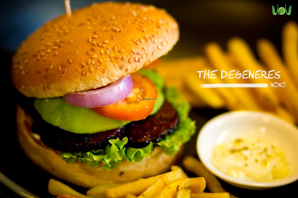 """Photo of The VOV Coffee Lounge  by <a href=""""/members/profile/Chalice777"""">Chalice777</a> <br/>The Degeneres  ----------------------------- For those of you that love the flavours of the sea but also love fish. This burger captures all the unique detailed tastes of seafood blended with the flavour of avocado but don't worry, Dory is safe! <br/> October 20, 2017  - <a href='/contact/abuse/image/103177/316911'>Report</a>"""
