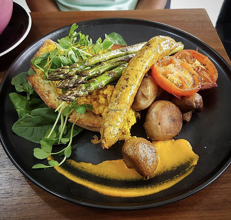 """Photo of The Natural Choice Cafe  by <a href=""""/members/profile/moniquechaplin"""">moniquechaplin</a> <br/>vegan big breakfast <br/> October 22, 2017  - <a href='/contact/abuse/image/103362/317611'>Report</a>"""
