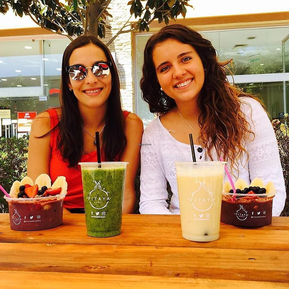 """Photo of Pitaya Bowls Food Truck  by <a href=""""/members/profile/annalise_sayles"""">annalise_sayles</a> <br/>Smoothies & Acaí Bowls <br/> November 29, 2017  - <a href='/contact/abuse/image/103390/330299'>Report</a>"""