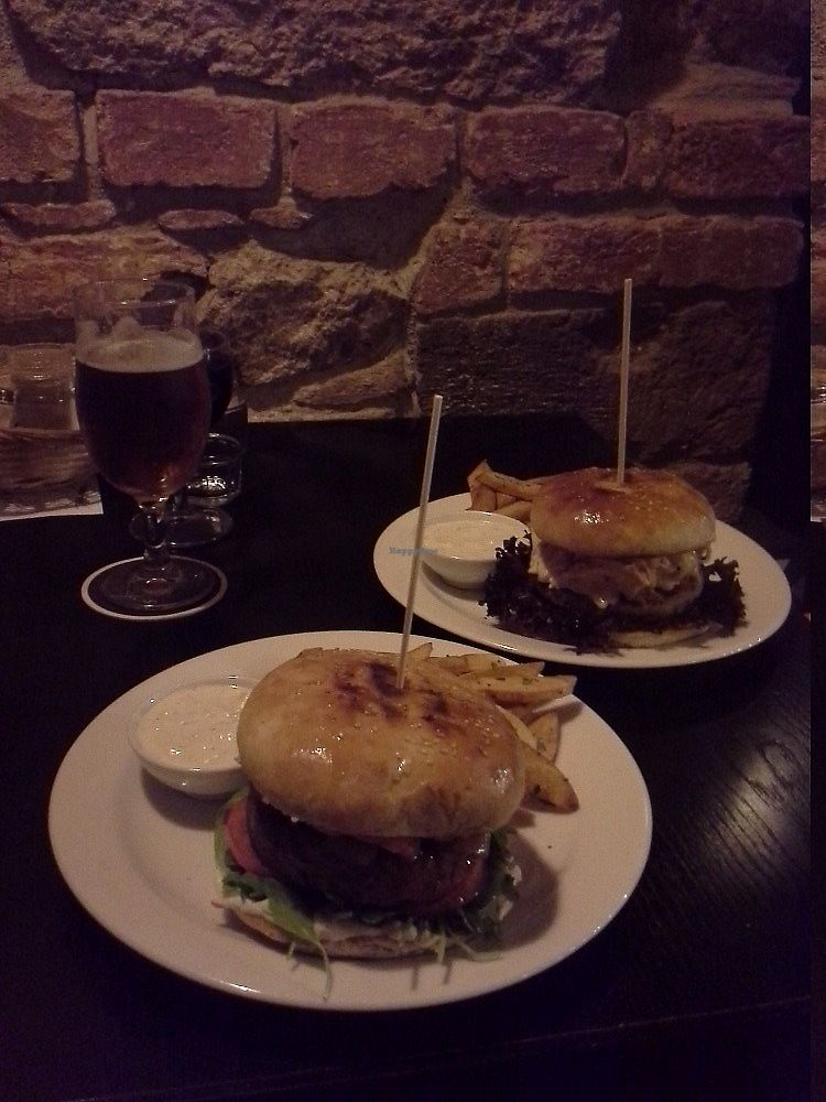 """Photo of Tři Ocásci  by <a href=""""/members/profile/Amy1274"""">Amy1274</a> <br/>Curry and chilli burgers with fries, vegan mayo, beer and wine <br/> December 11, 2017  - <a href='/contact/abuse/image/103404/334595'>Report</a>"""