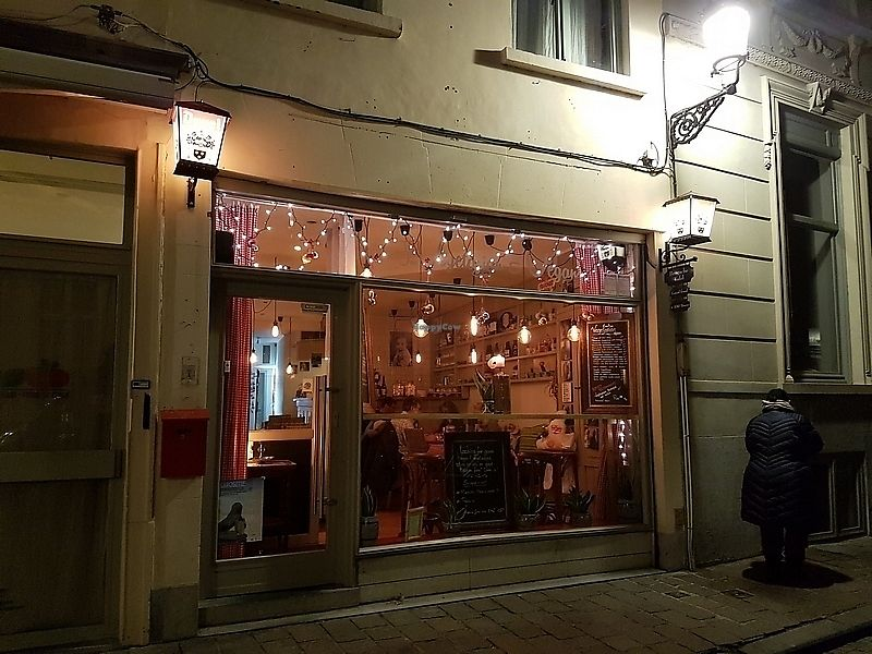 """Photo of Bierbrasserie Brugsche Tafel  by <a href=""""/members/profile/TrudiBruges"""">TrudiBruges</a> <br/>front of resto <br/> December 7, 2017  - <a href='/contact/abuse/image/103542/333150'>Report</a>"""