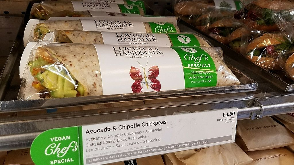 """Photo of Pret A Manger - Earls Court  by <a href=""""/members/profile/eric"""">eric</a> <br/>vegan sandwich options <br/> October 24, 2017  - <a href='/contact/abuse/image/103586/318334'>Report</a>"""