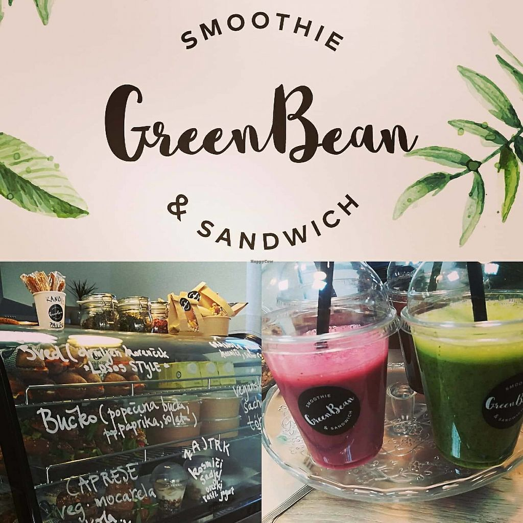"""Photo of Green Bean  by <a href=""""/members/profile/macguitar"""">macguitar</a> <br/>A gret selection of fresh made smoothies! <br/> November 10, 2017  - <a href='/contact/abuse/image/103602/323838'>Report</a>"""