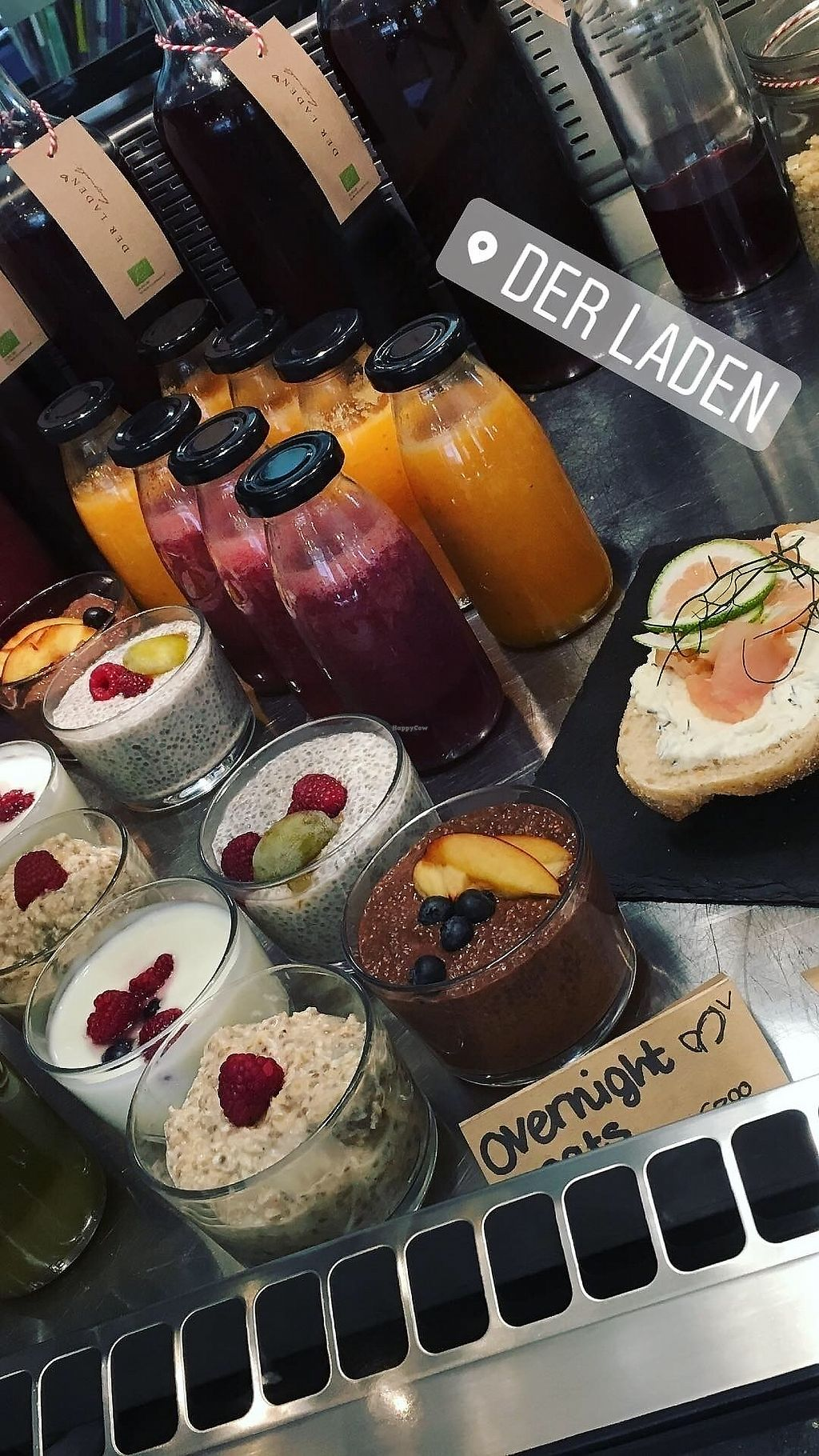 "Photo of Der Laden  by <a href=""/members/profile/Derladengap"">Derladengap</a> <br/>Vegan overnight oats, chia pudding and Smoothies  <br/> November 1, 2017  - <a href='/contact/abuse/image/103673/320938'>Report</a>"
