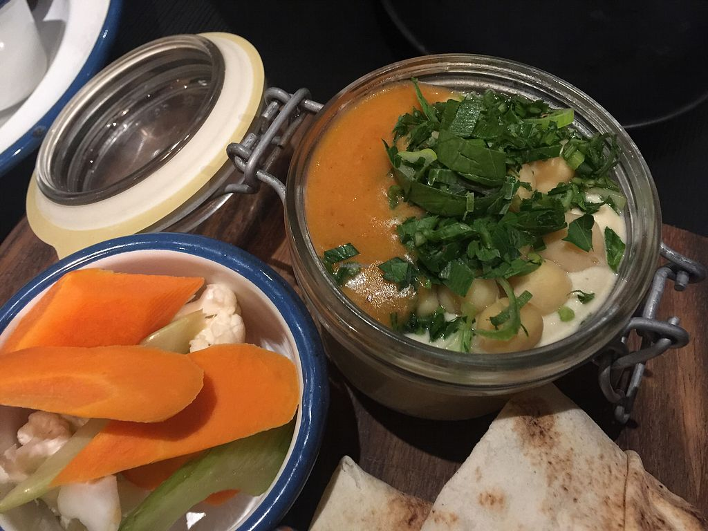 "Photo of Green Man's Arms  by <a href=""/members/profile/Tiggy"">Tiggy</a> <br/>Hummus - lots of it, so you'll probably need extra pita <br/> November 16, 2017  - <a href='/contact/abuse/image/103719/326035'>Report</a>"